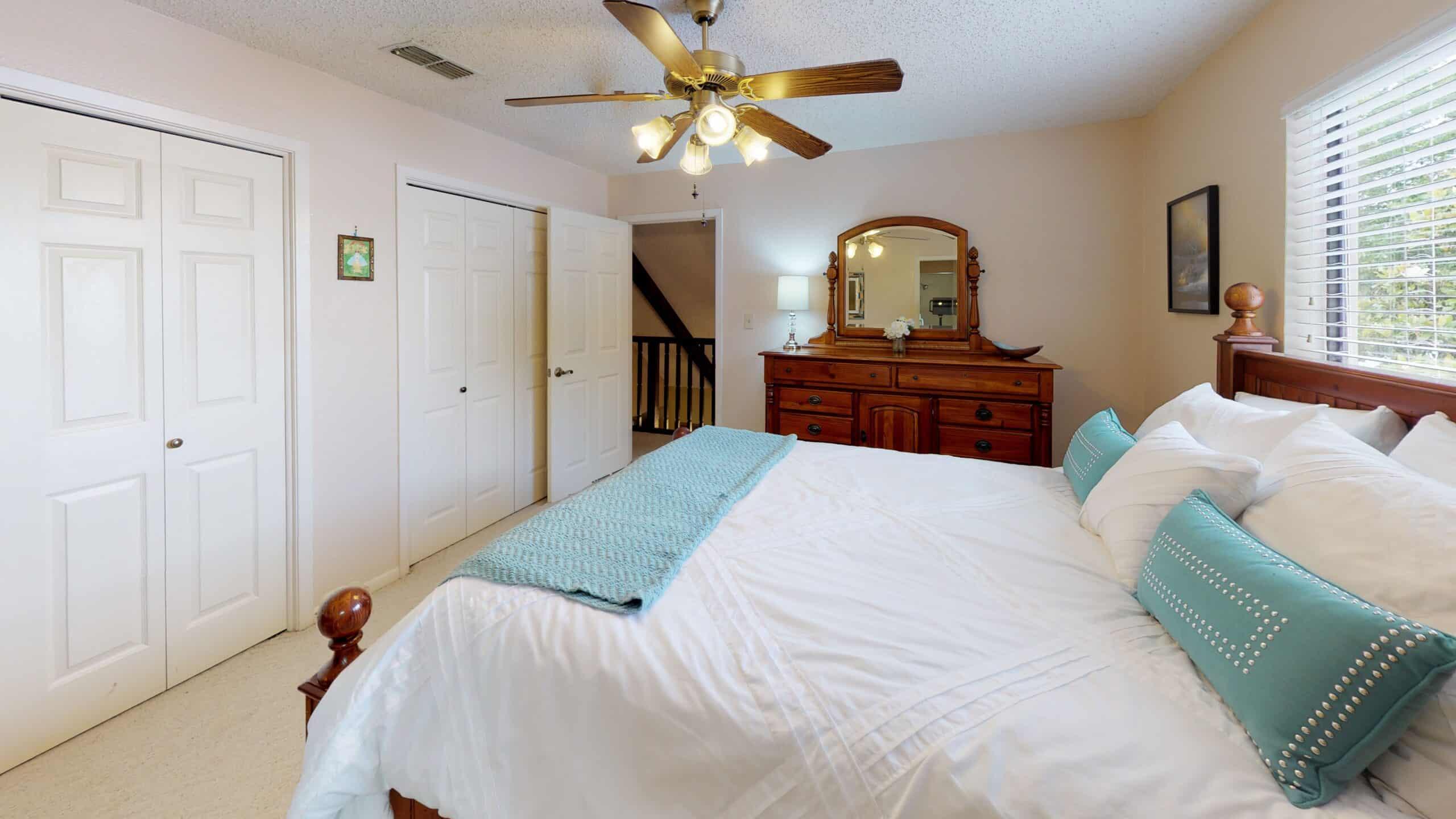 9645-FM-1726-Goliad-TX-77963-Bedroom(5)